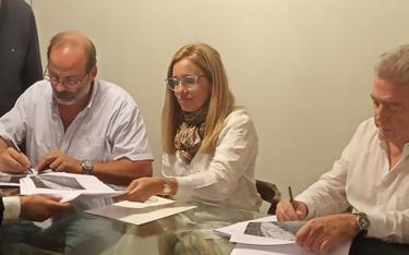 ANCAP y ACU contribuyen al patrimonio automovilístico del Uruguay