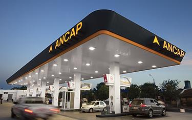 Fallo arbitral avala decisión de ANCAP de reducir el margen de distribución de combustibles